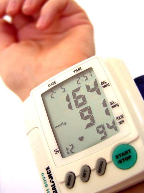 Bluthochdruck Behandlung selbstkontrolle des Blutdrucks