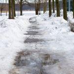 Sturzrisiko Umgebungsfaktoren Schnee und Eis